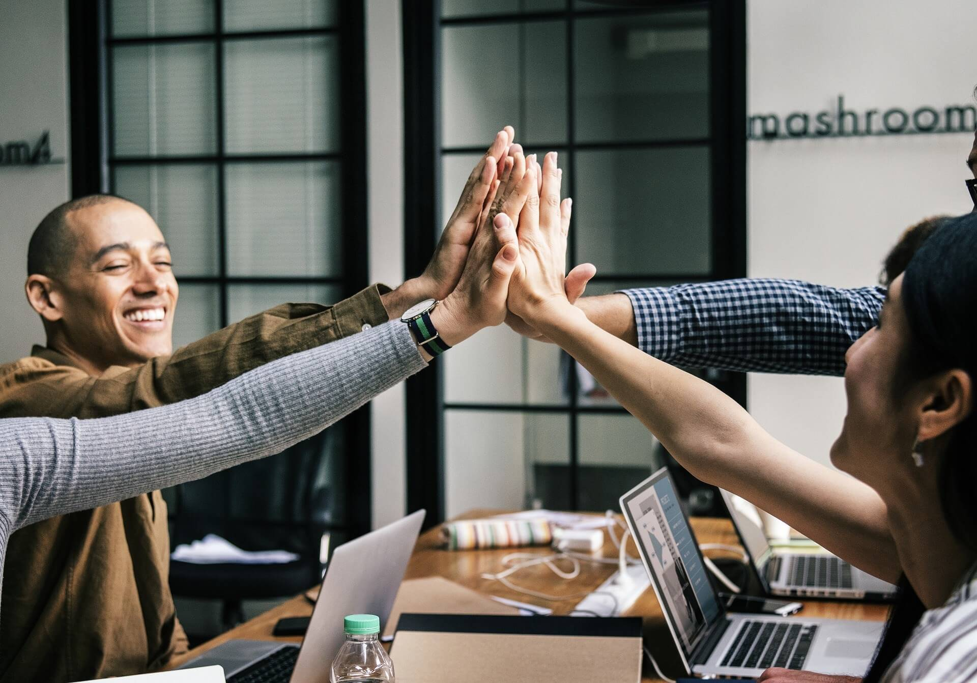 Top 5 Extraordinary Ways to Motivate Employees